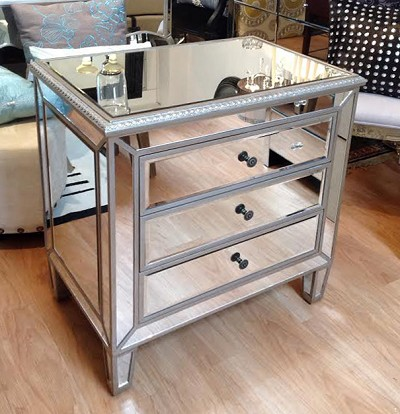 Mirrored Chest / Side Table 28